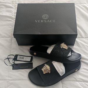 Versace Slides Women's Size 39 (Wmn US Size 9)